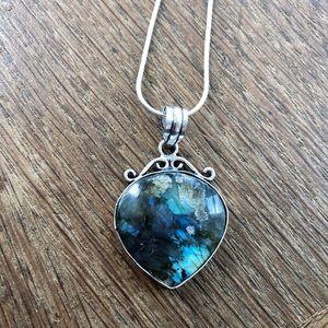 Labradorite gemstone handmade necklace NWOT
